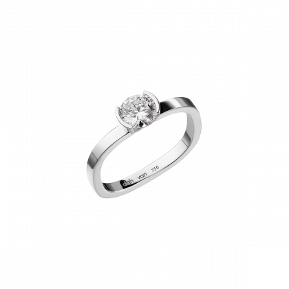 Flore medium engagement ring